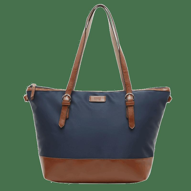Misako-woman-bags