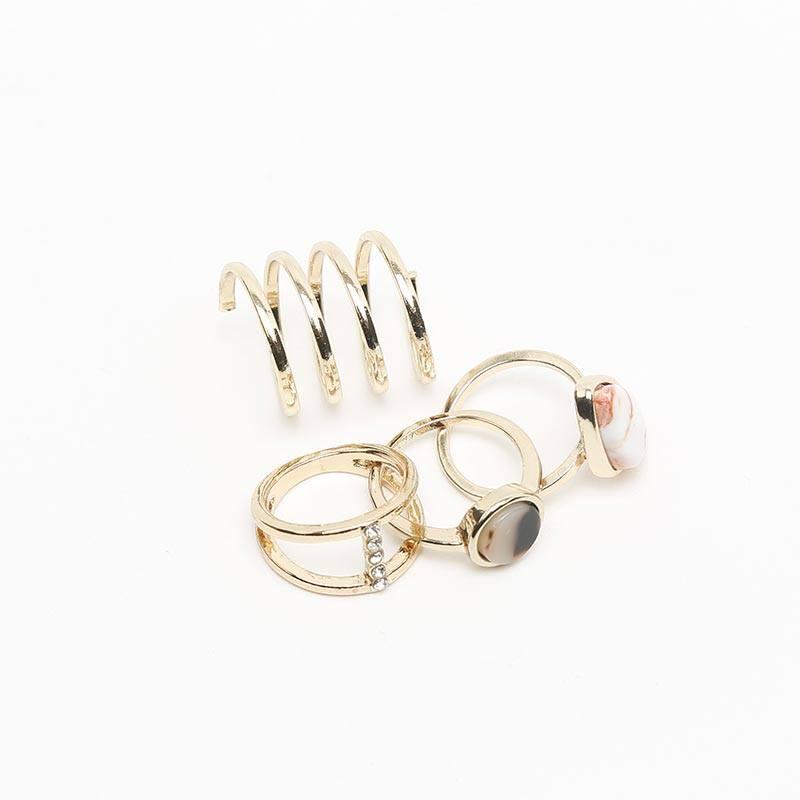 https://www.misako.com/media/PaginasEstaticas/Angela_Marmol/4100053-misako-arcs-anillo.jpg
