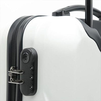 Discounted travel suitcases and luggage
